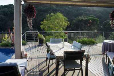 Дом класса «люкс» в ближнем пригороде Барселоны с великолепным видом на горы